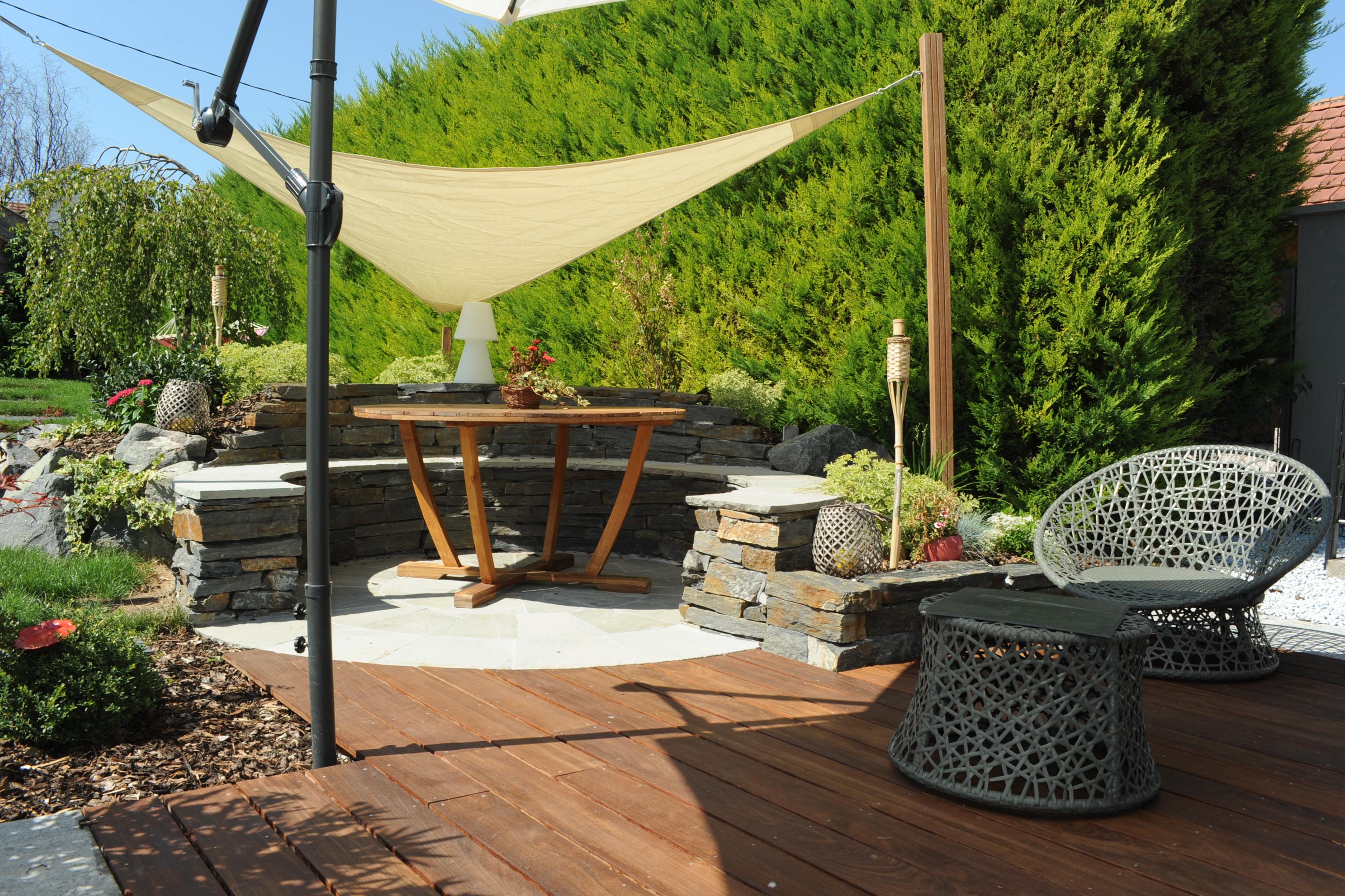 activit s de jardin tom pousse paysage. Black Bedroom Furniture Sets. Home Design Ideas